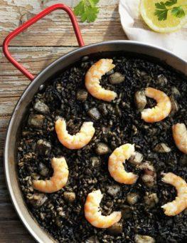 arroz negro chipirones y langostinos